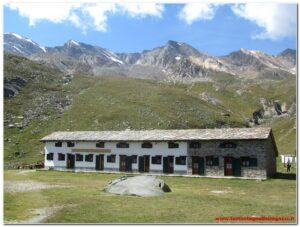 Valle di Cogne – Rifugio Vittorio Sella e Laghetto del Lauson